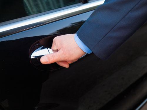 Taxi gouda autodeur openen